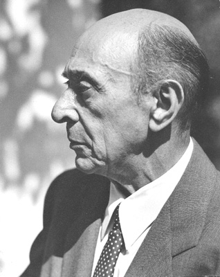 Photo of Arnold Schoenberg in Los Angeles, believed to be taken in 1948 (Photo by  Florence Homolka)